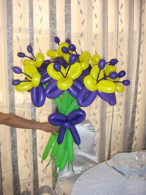 Лилия из шаров своими руками мастер класс видео